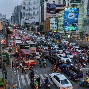 traffic heavy